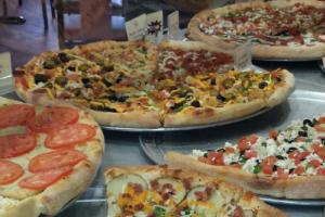 Georgios-pizza-food-photo1