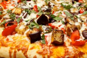 Vitos-pizza-food-photo1